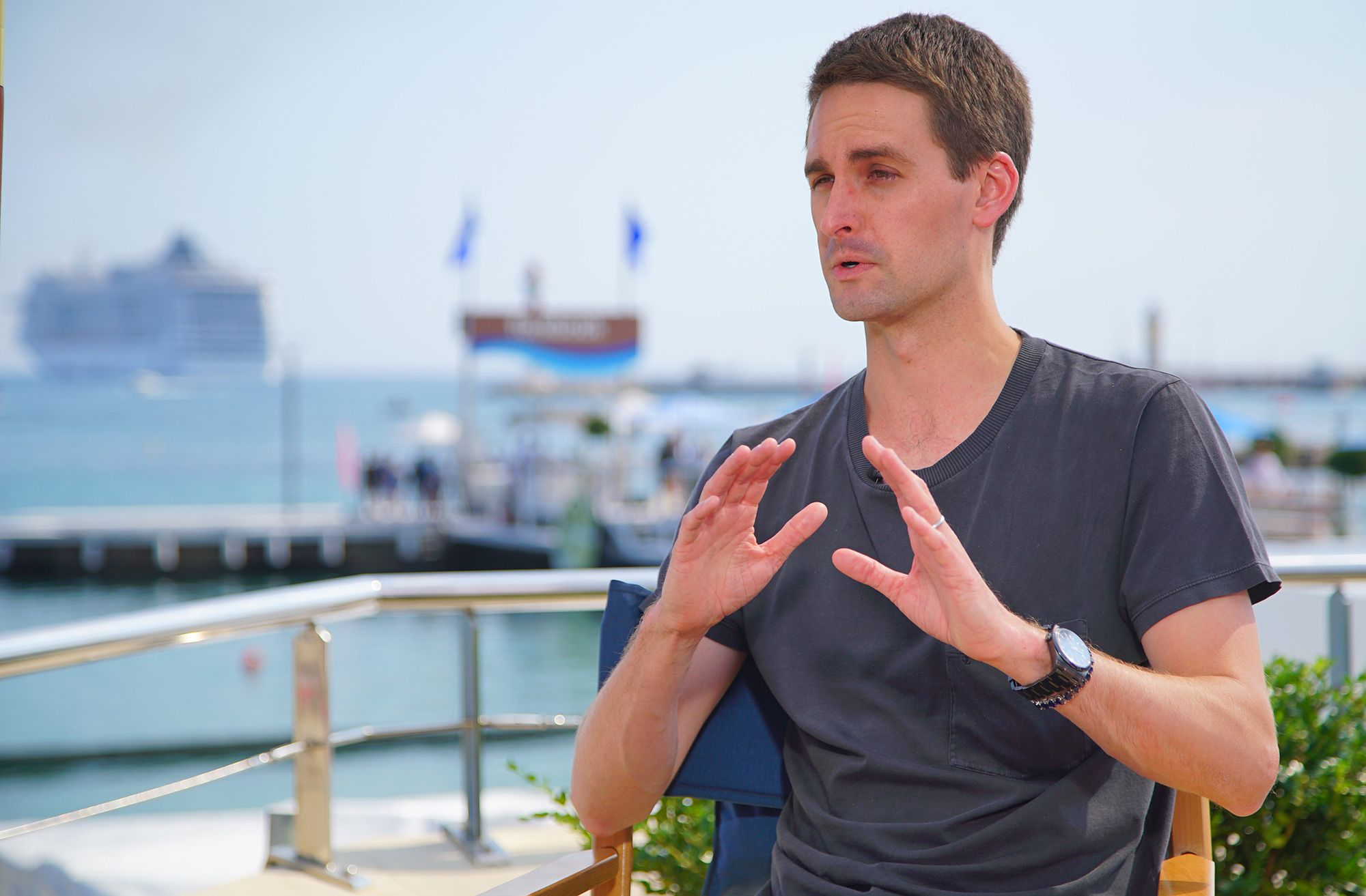 Snap shares pop after BTIG analysts increase price target