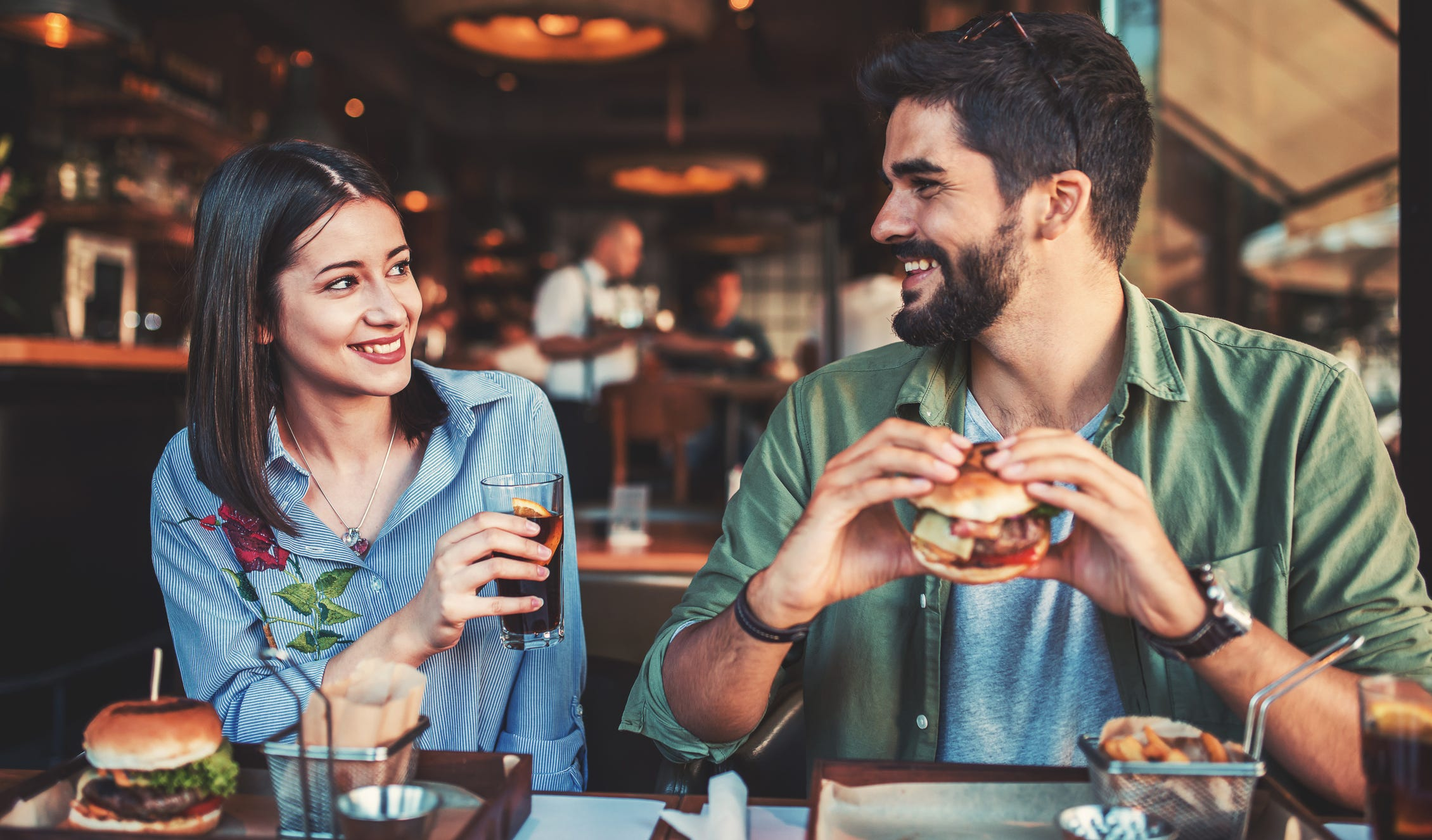 Financial tips for Millennials, Gen Z who say dating costs too much