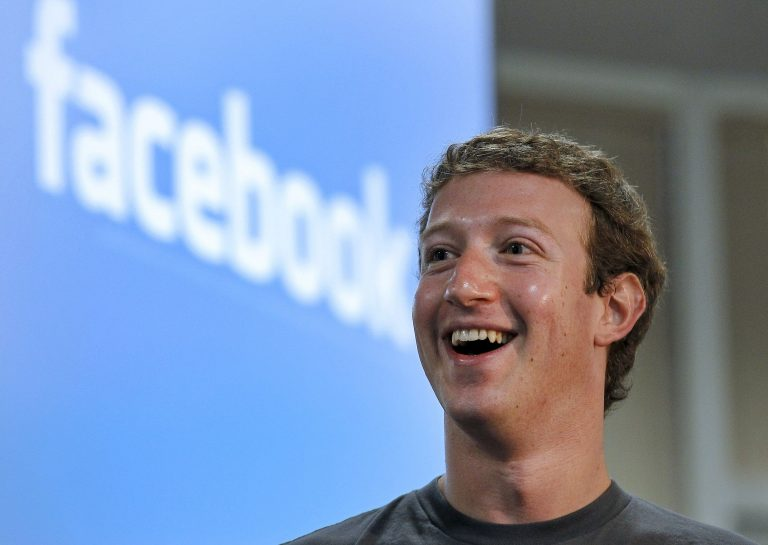 Analysts cheer Facebook, dismiss 'boilerplate' caution from execs
