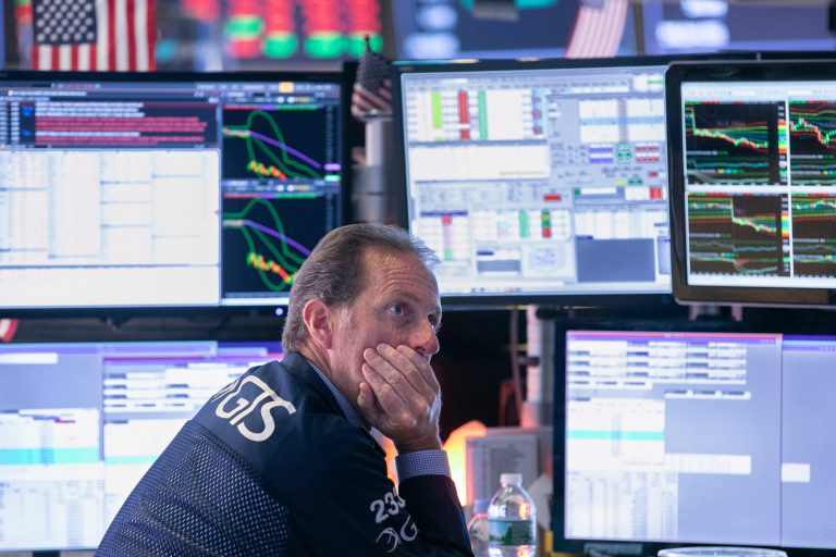 Global stock market, Dow Jones drop amid trade war