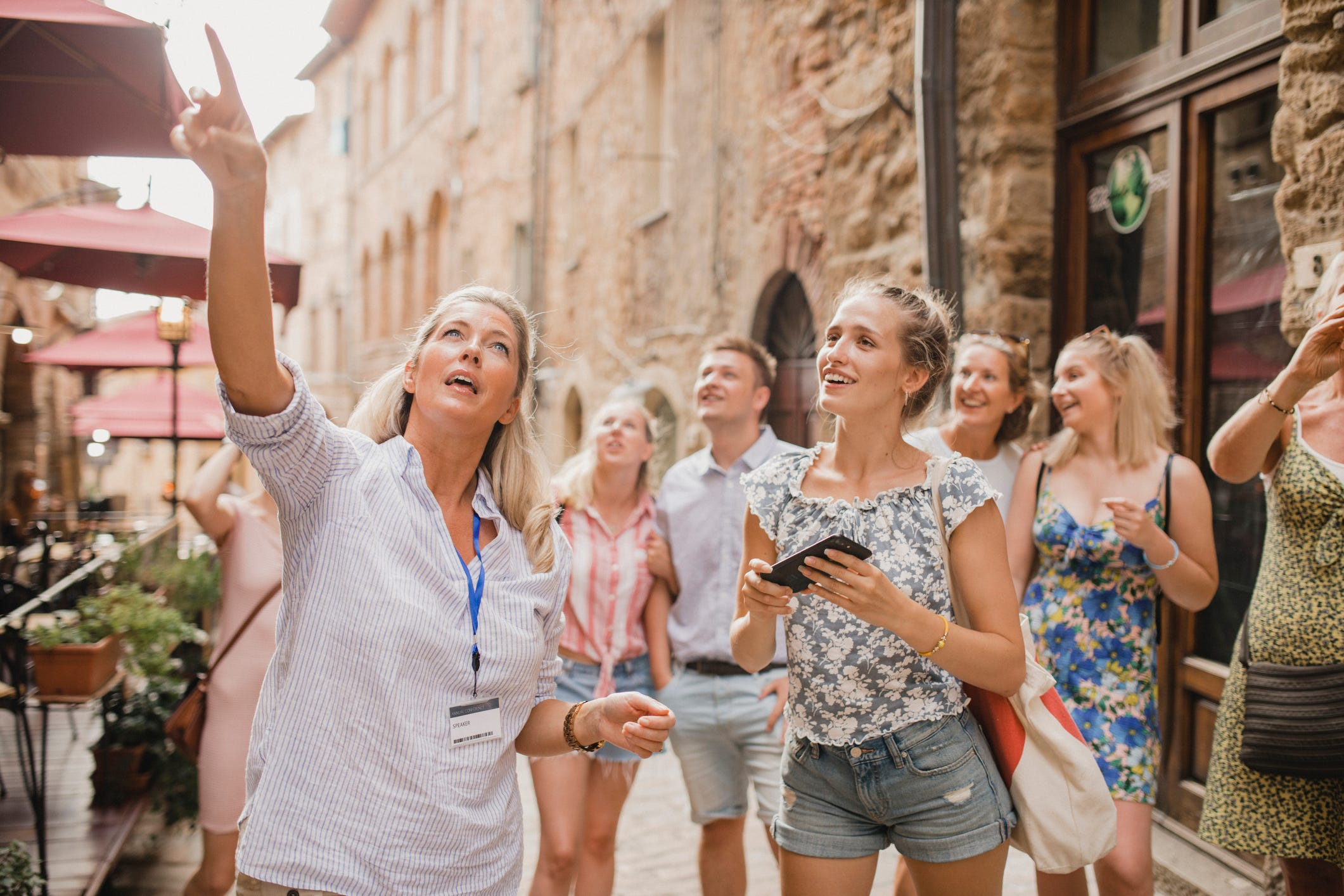 Does Venmo, Cash App work outside the US? Navigating money abroad