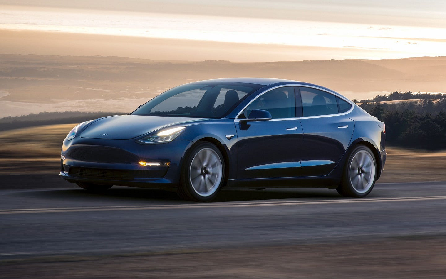 Model 3 is 'very safe car'