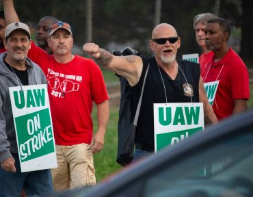 UAW workers won't see strike pay right away