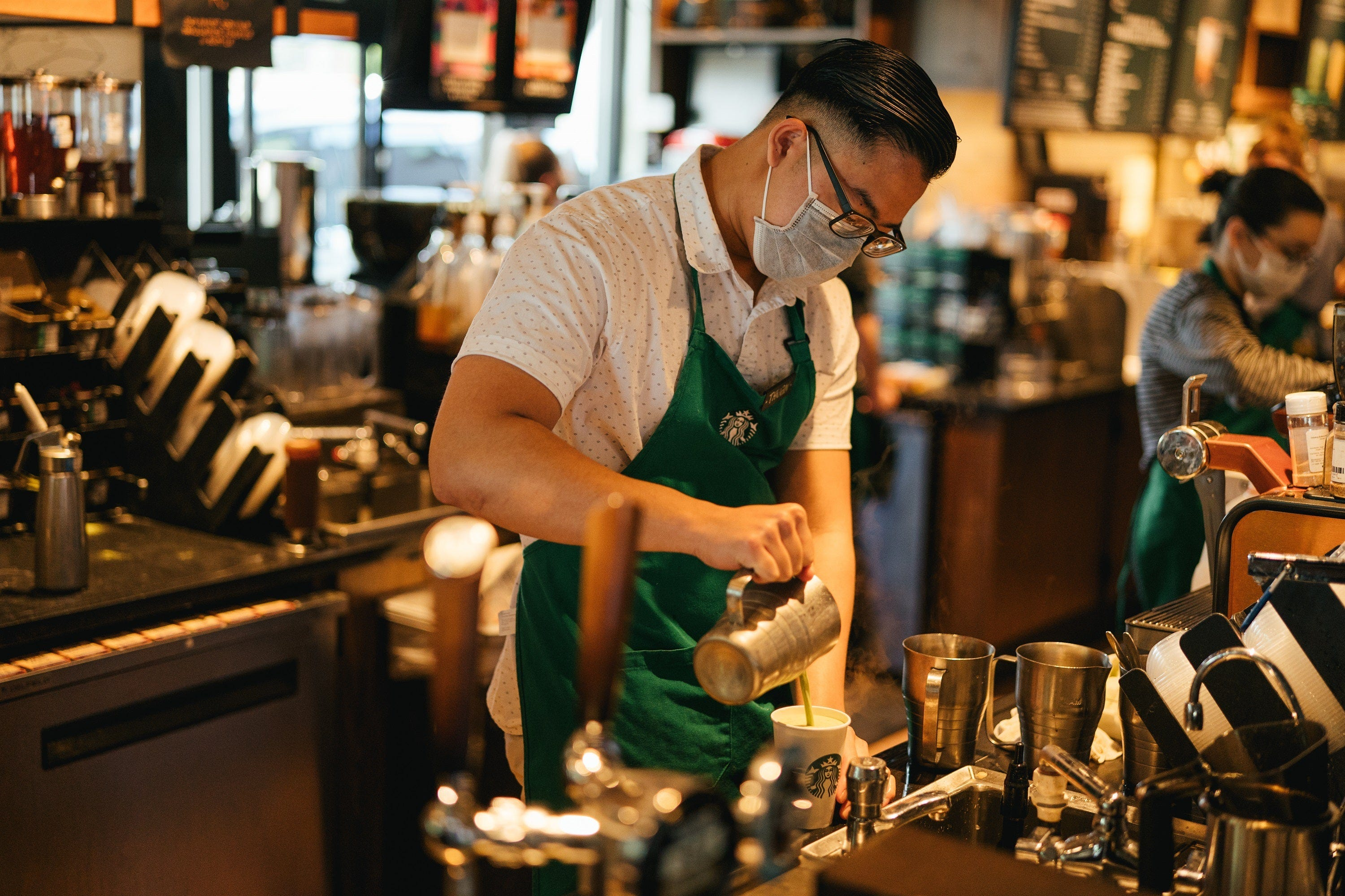 Barista gets big tip after customer Facebook complaint