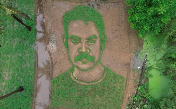 'Da Vinci' Suresh creates innovative portraits of movie stars from everyday materials
