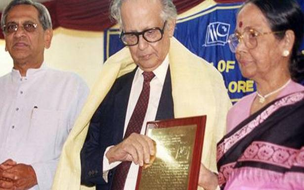 The Indian Institute of Cartoonists hosts an online tribute to RK Laxman