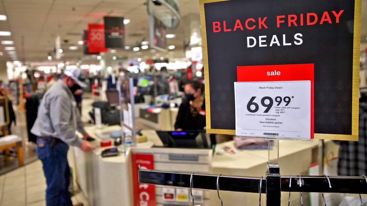 Black Friday 2020: Shopping or picking up orders? Here's when Macy's, Walmart, Kohl's, Target, other stores open.
