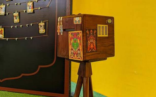 Check out this WhatsApp-powered portable photo studio by a Hyderabad startup