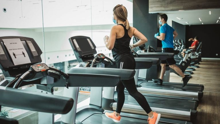 How to work out in 2021: Some back at the gym, but many use  fitness apps, online classes