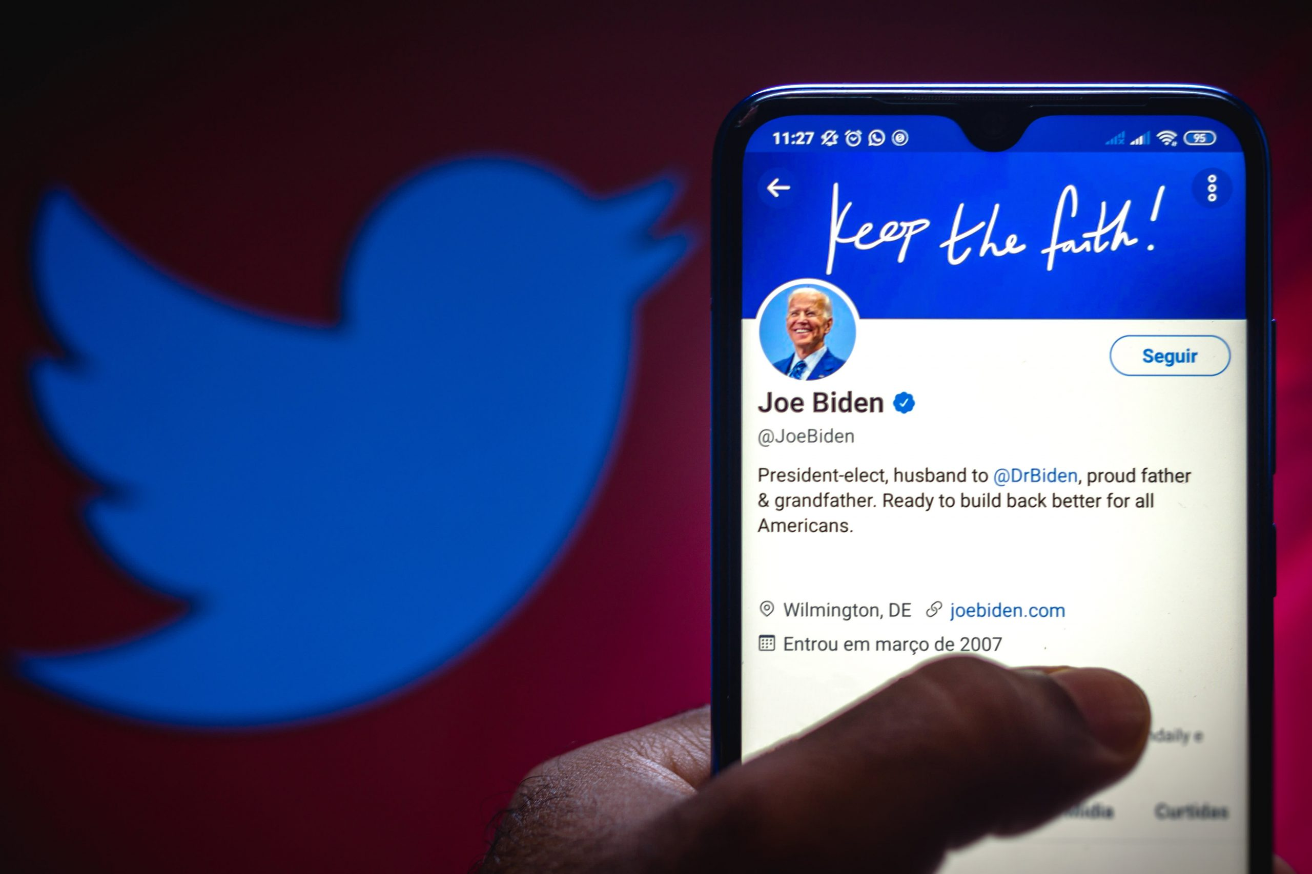 Twitter explains how it will transfer White House and POTUS accounts to Biden next week