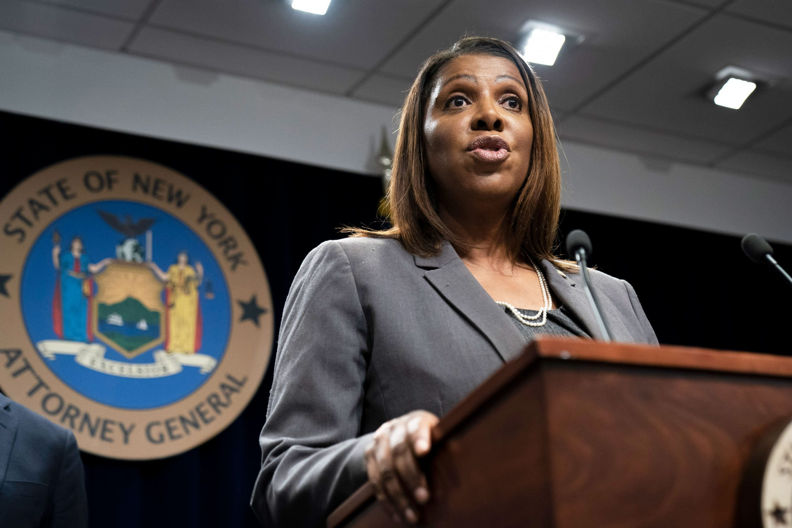 12 attorneys general call on Facebook and Twitter to remove anti-vaxxers from their services