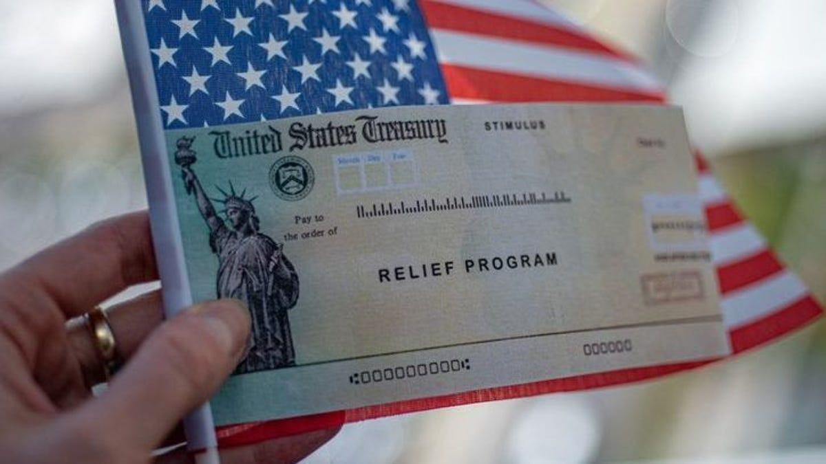 When will I get my third stimulus check? IRS begins sending first round of $1,400 COVID-19 relief payments this weekend