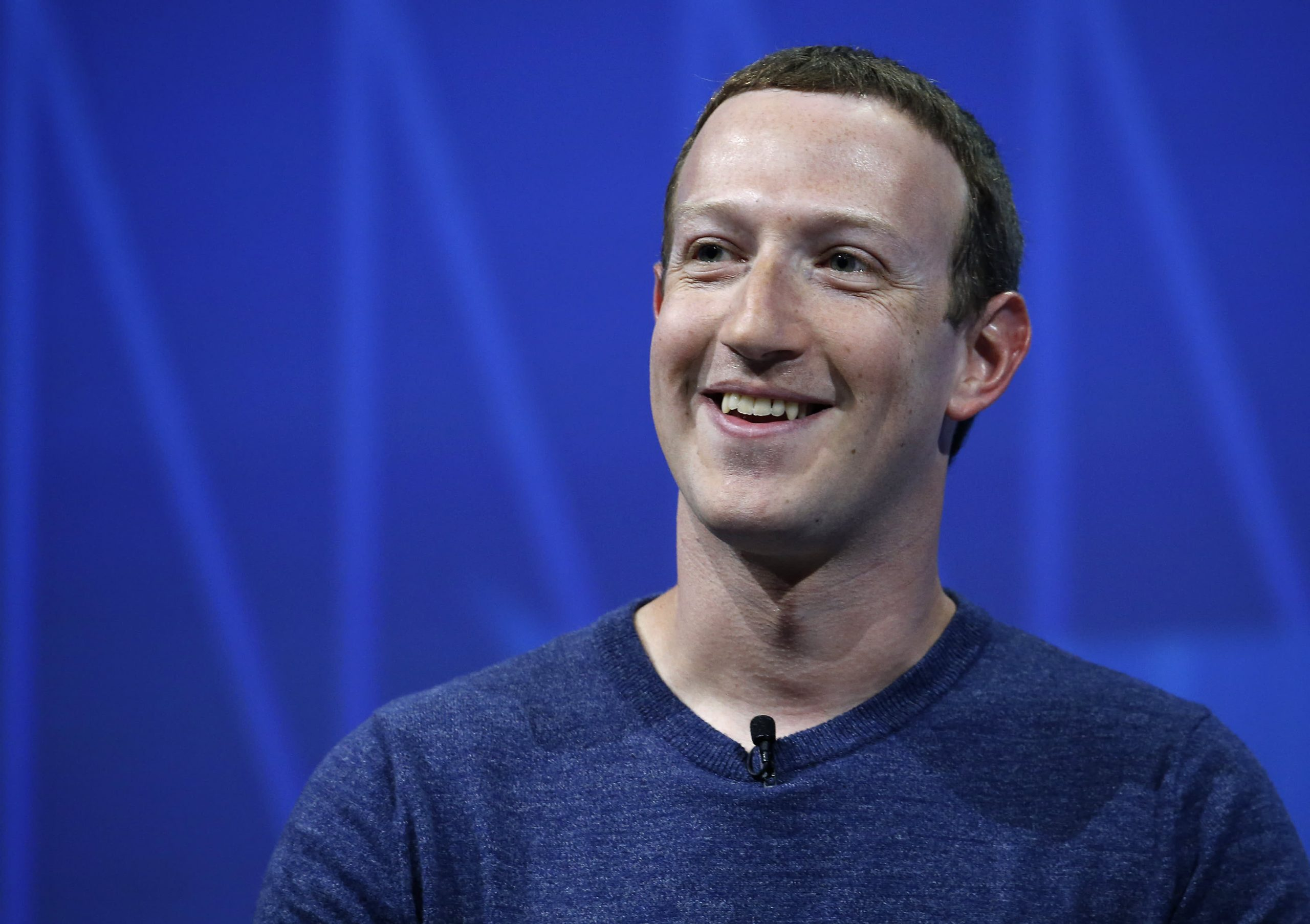 Facebook closes above $1 trillion market cap for the first time