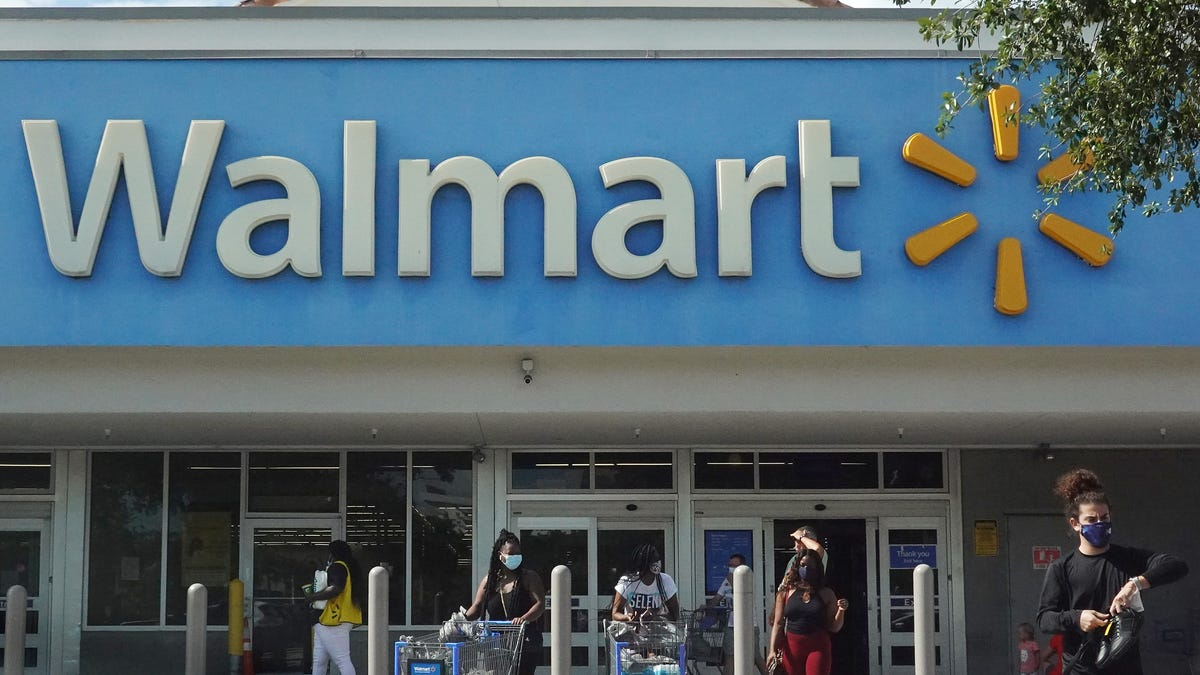 What stores and restaurants are open July Fourth? Walmart, Target, Home Depot open; Costco closed Sunday