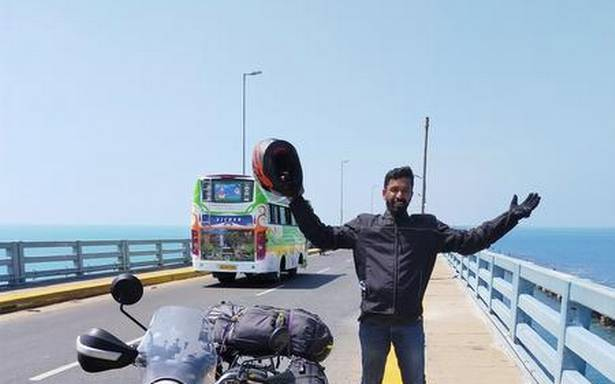 A solo ride across India with an easel