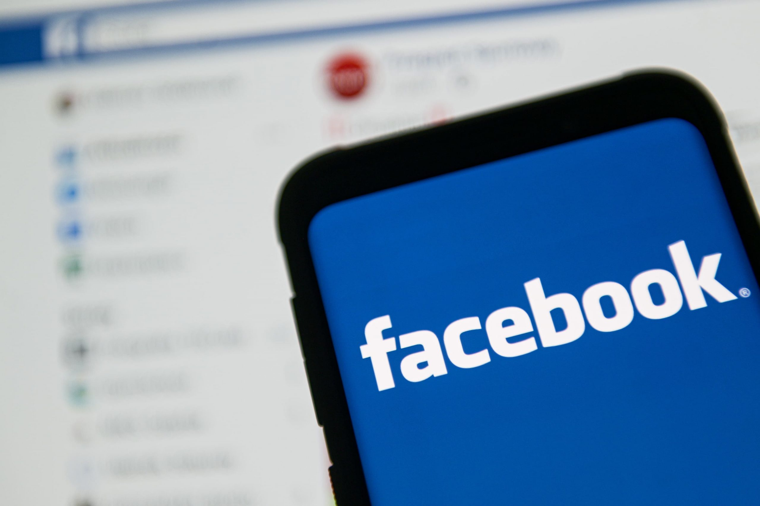 Facebook is taking on Clubhouse, Substack with new features