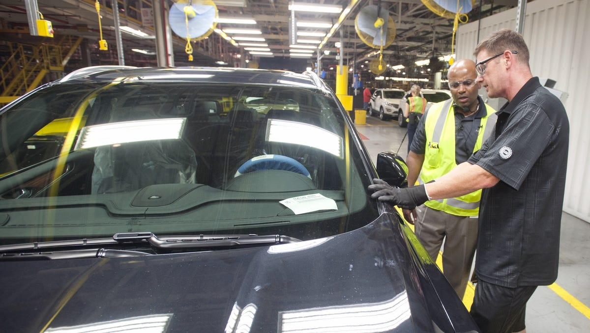 Ford to reinstate mandatory face masks at Louisville plants amid COVID-19 concerns