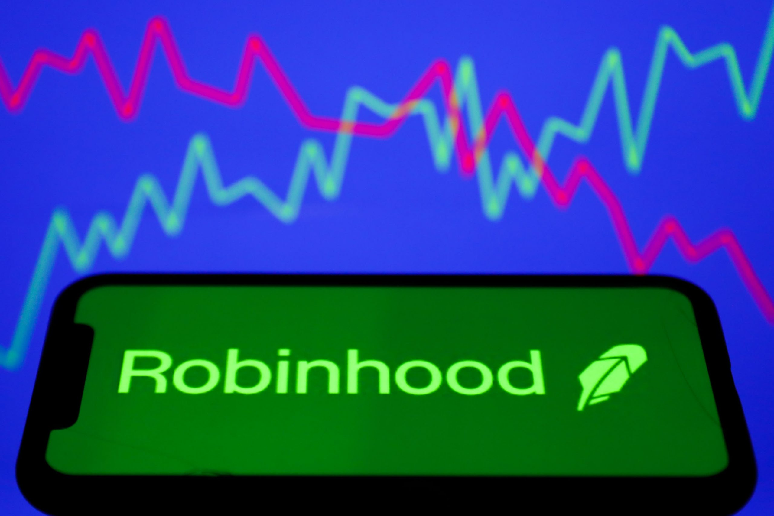 Cramer urges investors to take profits in Robinhood as it becomes a meme stock