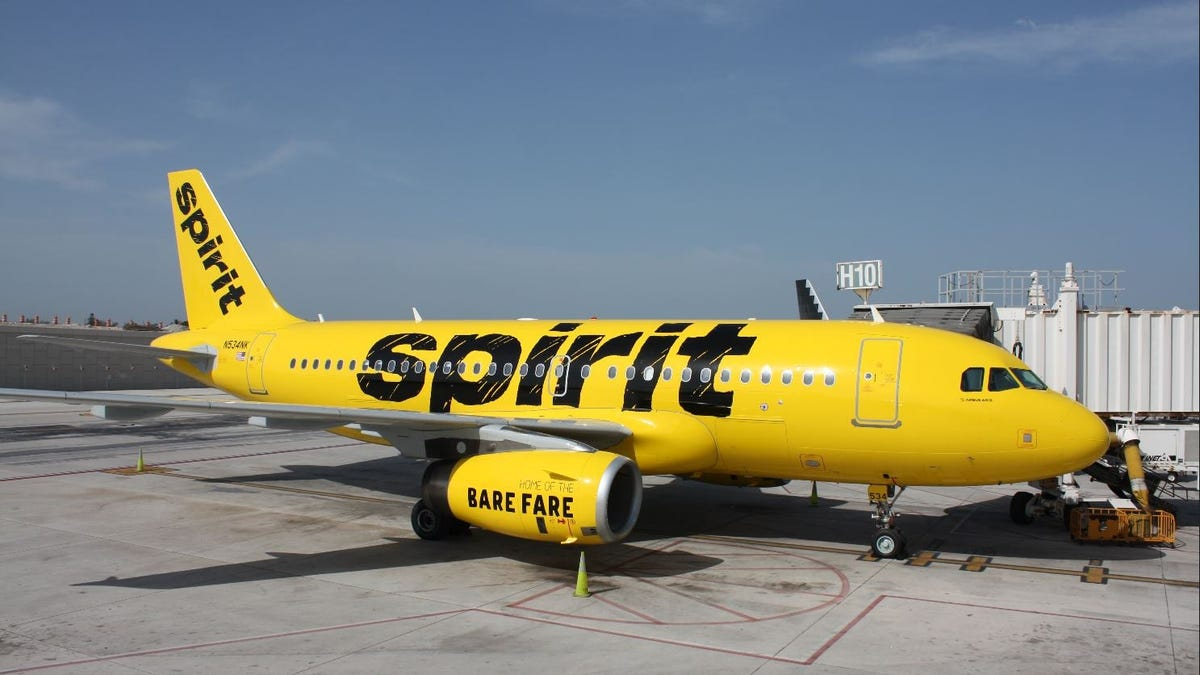 Spirit Airlines bedlam, day five: Airline cancels half of Thursday flights, bringing weekly total to 1,700+